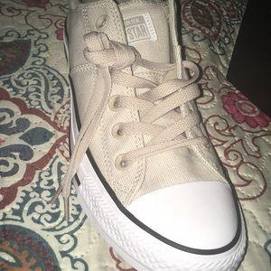 Converse Shoes - Women Lowtop Converse Papyrus/White/Black